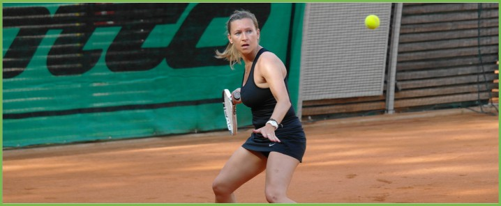 Elena Scattolin impegnata al Memorial Schiavon - Eurotennis Club Treviso